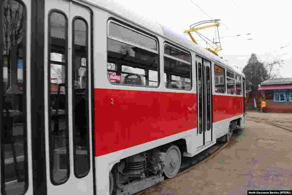 Трамвайный парк состоит в основном из вагонов производства бывшей Чехословакии или современной Чехии.