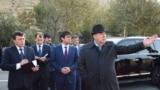 Тәжікстан президенті Эмомали Рахмон және оның ұлы Душанбе қаласының әкімі Рустам Рахмон. 2 желтоқсан 2017 жыл