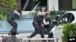 Индонезийская полиция проводит спецоперацию в Джакарте, 14 января 2015