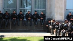 Poliţişti la Guvern. 10 iunie 2019
