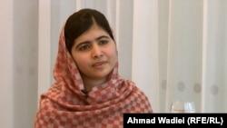 Малала Юсуфзай, пәкістандық 16 жасар блогер қыз.
