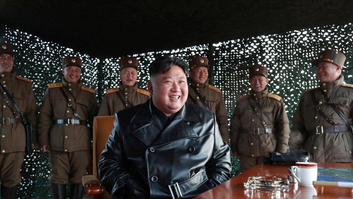 Koreja e Veriut kryen teste të reja raketore