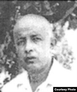 Эшреф Шемьи-заде Чинабад, 1949 год