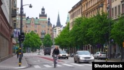 Швеция астанасы Стокгольм көшесінде. Көрнекі сурет.