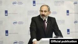 Премьер-министр Армении Никол Пашинян, Ереван, 24 мая 2019 г.