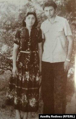 Y.Sadıqov və bacısı S.Sadıqova