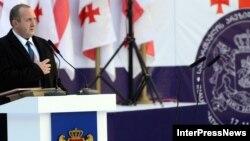 Георгий Маргвелашвили приносит президентскую клятву на инаугурационной церемонии в Тбилиси
