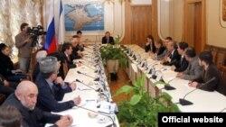 Віце-спікер кримського парламенту Ремзі Ільясов зустрівся з делегацією Турецької Республіки, 27 квітня 2015 року
