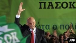 Лидерот на ПАСОК Јоргос Папандреу