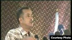 الشاعر الراحل محمد الغريب (1962-2008)