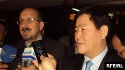 الوزيران صفاء الدين الصافي وجوي كيانك هوان