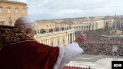 Pope Benedict XVI delivers the Urbi et Orbi Christmas address on December 25.