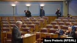 Uskoro bi dio praznih mjesta opozicije u Skupštini mogao biti popunjen