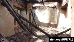 یکی از منازل که در جریان جنگ اخیر در ولسوالی امام صاحب کندز تخریب شده است.