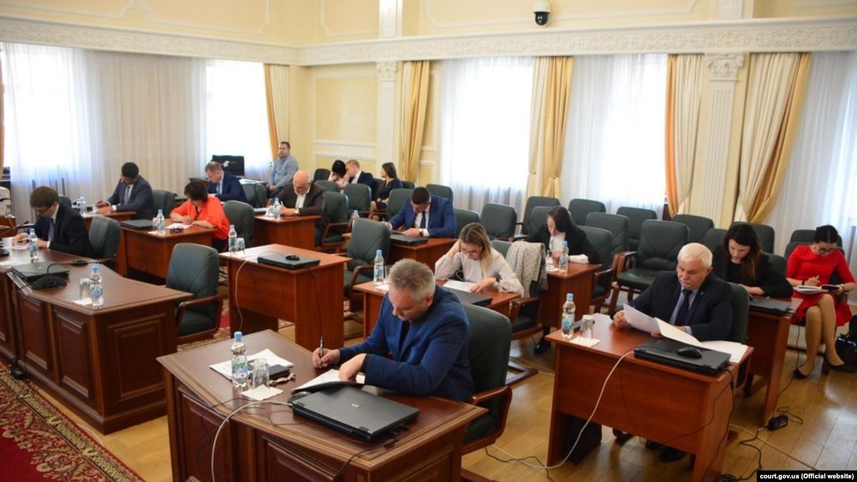 Конкурс на посаду керівника апарату антикорупційного суду: 10 учасників вибули
