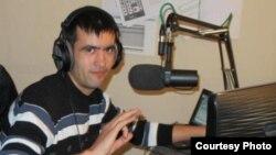 Qirg'izistonlik shoir va jurnalist Davron Nasibxonov (Davron Hotam).