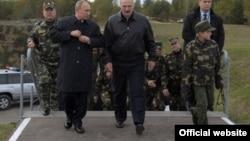 Коля Лукашенко (справа), Александр Лукашенко, Владимир Путин