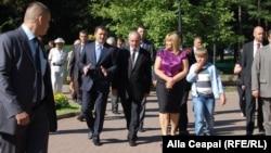 Молдова президенті Николае Тимофти румын тілі мейрамына арналған шараға келе жатыр. Кишинев