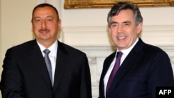U.K. -- British Prime Minister Gordon Brown (R) meets with the President of Azerbaijan Iham Aliyev at 10 Downing Street in London, 13Jul2009