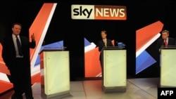 Մեծ Բրիտանիա -- Ընտրություններին մասնակցող հիմնական կուսակցությունների առաջնորդները հեռուստաբանավեճ են անցկացնում, 22-ը ապրիլի, 2010թ.