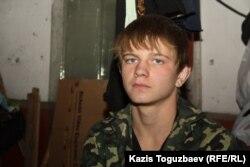 15-летний Анатолий Натаров, бывший воспитанник приюта отца Софрония. Алматы, 18 ноября 2013 года.