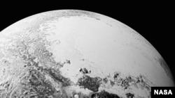 New Horizons төшергән Плутон фотосурәте