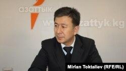 Аскарбек Шадиев, министр энергетики и промышленности. Бишкек, 11 января 2012 года.