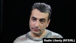 """Лидер регионального отделения партии """"Яблоко"""" Лев Шлосберг"""
