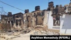 Последствия взрыва склада боеприпасов в городе Арысь