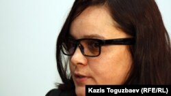Журналист оппозиционного сайта Nakanune.kz Юлия Козлова.