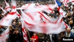 Власть в Грузии меняется, но при любом руководстве страны одно остается неизменным – перманентные акции протеста оппозиции на улицах столицы