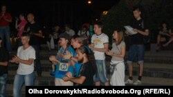Оплески для білорусів у Донецьку