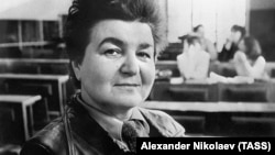 Nina Andreyeva, who died on July 24, shot to prominence in the 1980s as one of the most vocal critics of Mikhail Gorbachev's perestroika reforms.