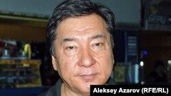 """Режиссер фильма """"Узелки на память"""" Бахыт Каирбеков. Алматы, 22 августа 2012 года."""