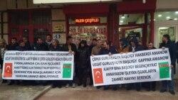 Türk işçileriniň protesti türkmen ilçisiniň töwellasy bilen togtadyldy
