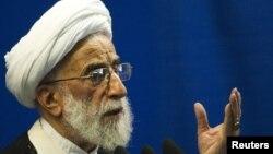 Иранның конституциялық қадағалау кеңесінің басшысы Аятолла Жәннати. Тегеран, 15 қазан 2010 жыл