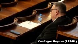 Сотир Цацаров в парламента