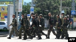 Бойовики угрупування «ДНР» на вулиці Донецька, 21 липня 2014 року