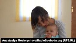 Будинок дитини «Берізка». Наталка з сином, Хмельницький, 21 жовтня 2011 року