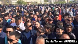 The wave of protests against the proposed Kazakh land reforms began when at least 1,000 people rallied in Atyrau on April 23, and soon spread to other cities. (file photo)