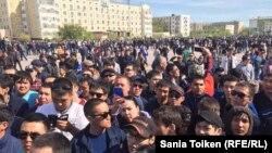 Ýeriň hususylaşdyrylmagyna garşy protest, Atyrau, 24-nji aprel, 2016