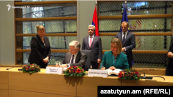 Armenia - Minister of Foreign Affair of Armenia Edward Nalbandian and High Representative of the European Union for Foreign Affairs and Security Policy Federica Mogherini sign the EU-Armenia agreement, Brussels, 24 Nov, 2017