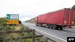 Участок автомобильной магистрали в пограничном районе между Республикой Ирландия и Северной Ирландией.