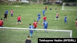 Футбольный матч в горах Северной Осетии, Алагирское ущелье, с.Садон