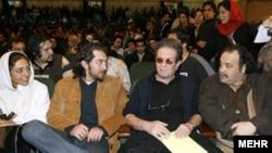 ديوان عدالت اداری در عین حال شکايت دست اندرکاران فیلم سنتوری برای دریافت خسارت را وارد دانسته است.(عکس: مهر)