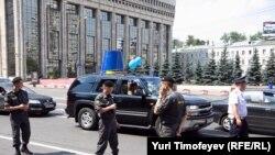 """Акция """"Синих ведерок"""" в Москве"""