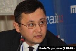 Болат Кальянбеков, председатель комитета информации и архивов министерства культуры и информации. Алматы, 20 ноября 2012 года.