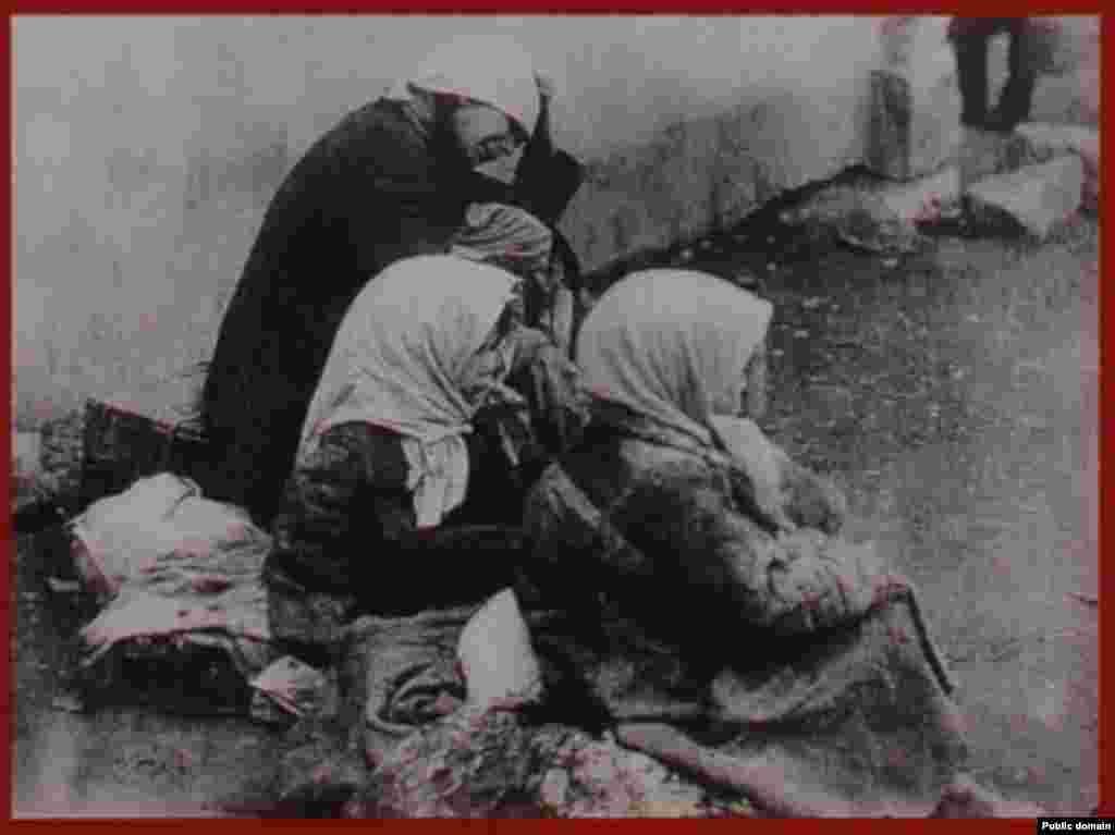 Біженці з голодних сел. 1933 р. - Голод, Голодомор, 1933