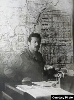 У штабе (фота з асабістага архіву Анатоля Гнеўкі)