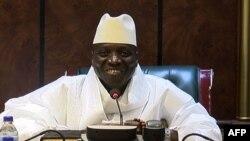 """1994-cü ildə hakimiyyətə """"qansız çevrilişlə"""" gəlmiş Jammeh getmək istəmir"""